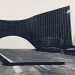 Oscar Niemeyer - Paris - pcf
