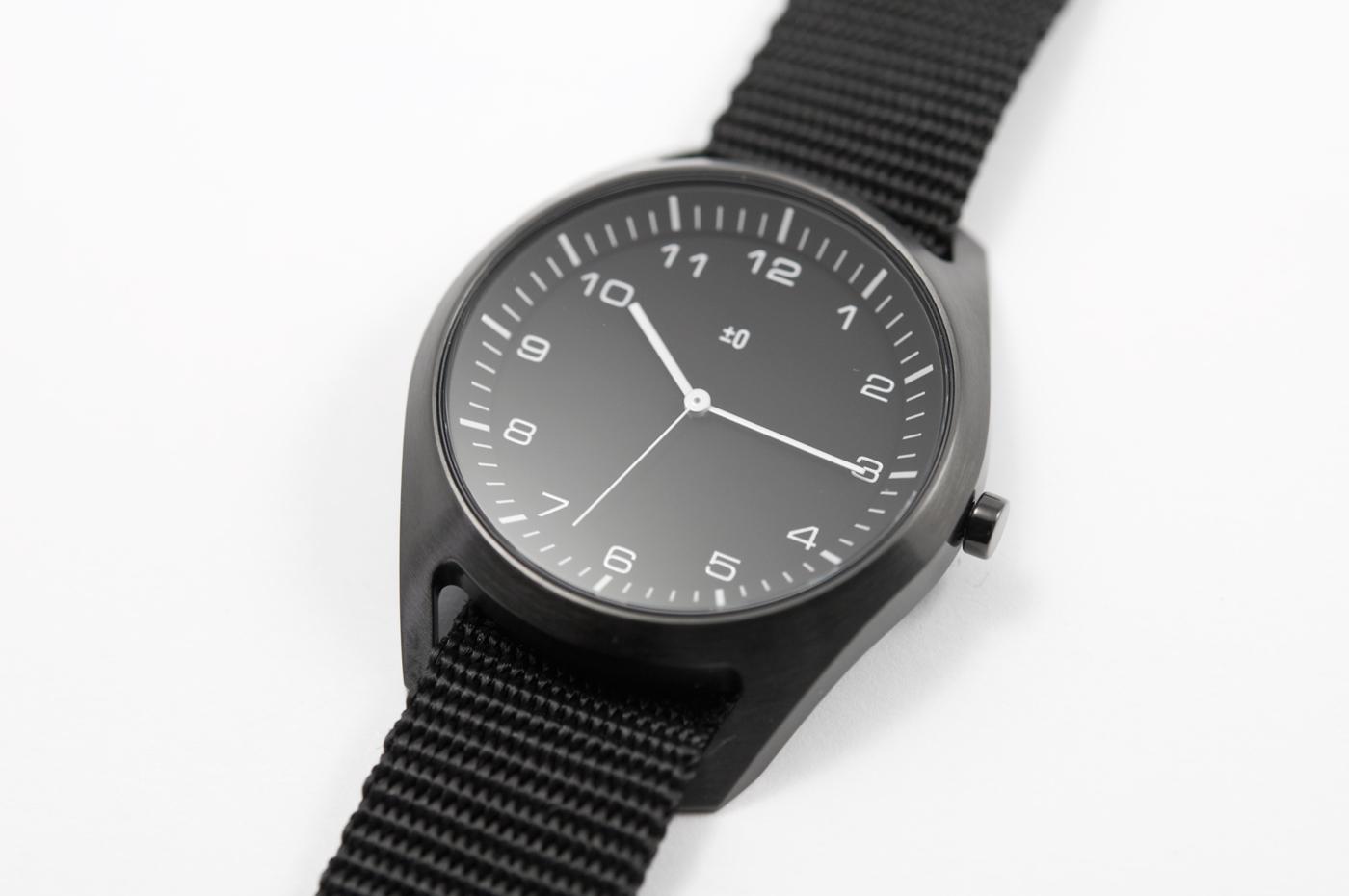 wrist-watch-black-nylon-06
