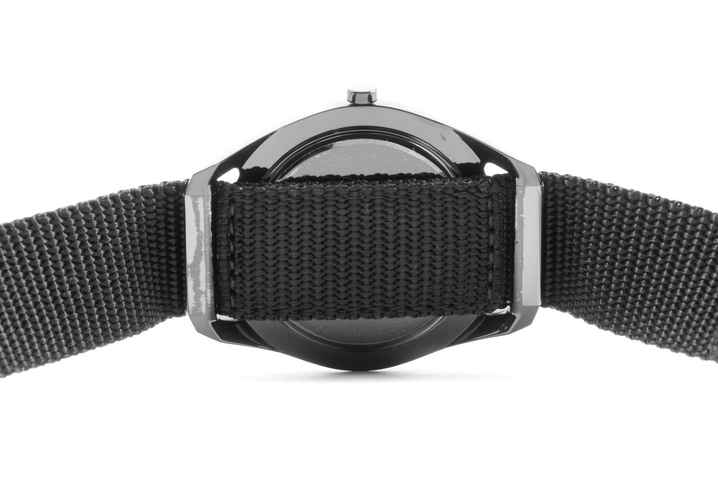 wrist-watch-black-nylon-10
