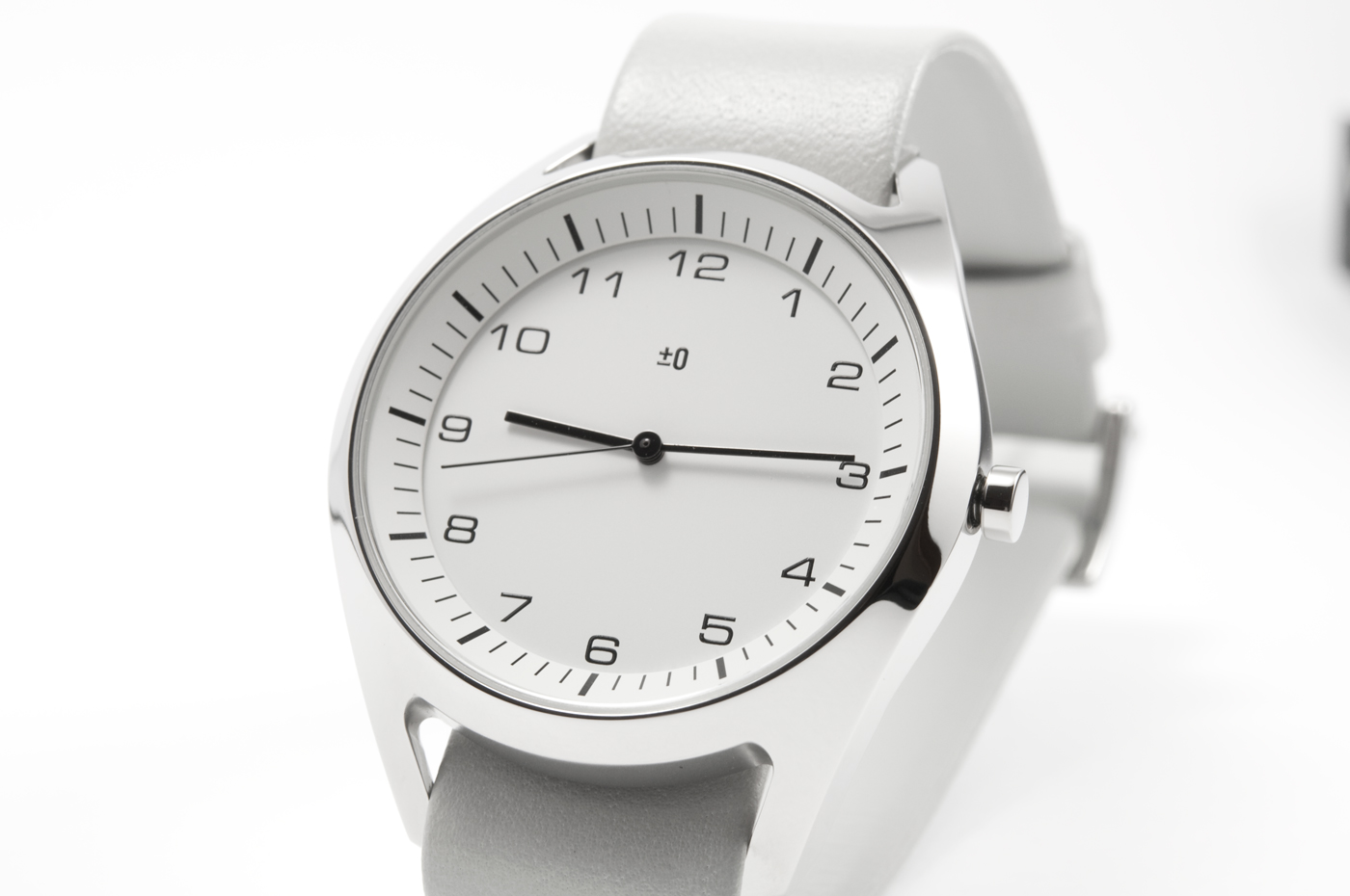 wrist-watch-white-02