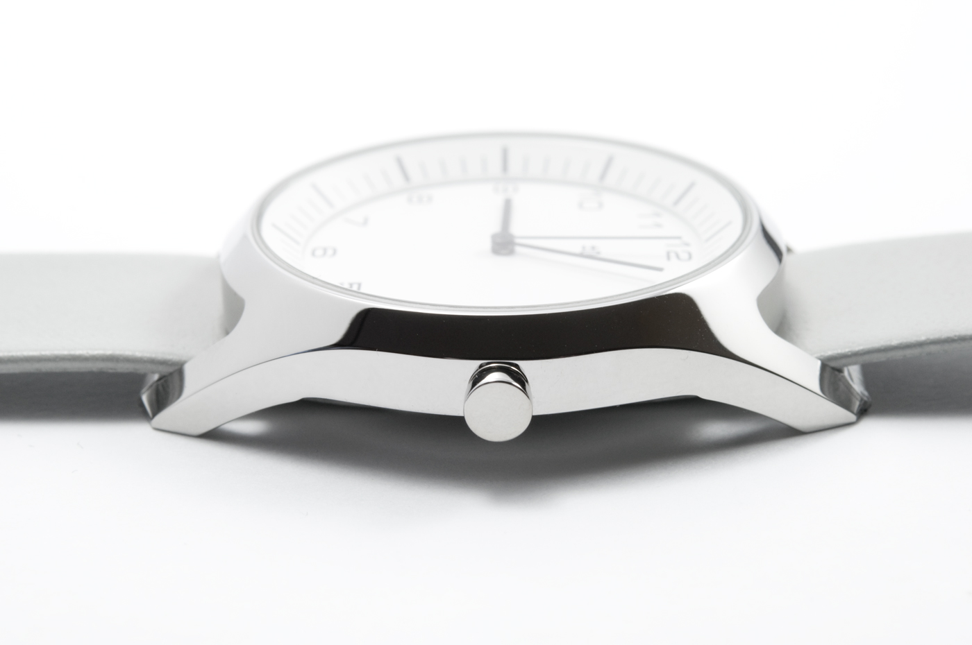 wrist-watch-white-04